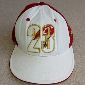 NBA LeBron James Cleveland Cavaliers Hat Cap White